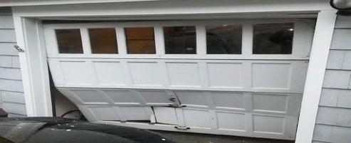 Superieur ... Broken Garage Door Chaleston New York 10312